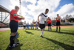 Gretna FC2008 clap the new Edinburgh City champions onto the park.<br /> Edinburgh City 0 v 0 Gretna FC2008, Scottish Sun Lowland League game played at Meadowbank Stadium, 28/3/2015.