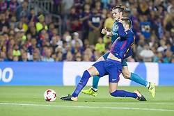 August 13, 2017 - Barcelona, Spain - Gerard Pique and Gareth Bale during the match between FC Barcelona - Real Madrid, for the first leg of the Spanish Supercup, held at Camp Nou Stadium on 13th August 2017 in Barcelona, Spain. (Credit: Urbanandsport / NurPhoto) (Credit Image: © Urbanandsport/NurPhoto via ZUMA Press)