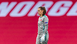OSLO, NORWAY - Tuesday, September 22, 2020: Wales' goalkeeper Laura O'Sullivan during the UEFA Women's Euro 2022 England Qualifying Round Group C match between Norway Women and Wales Women at the Ullevaal Stadion. Norway won 1-0. (Pic by Vegard Wivestad Grøtt/Propaganda)