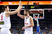 DESCRIZIONE : Kaunas Lithuania Lituania Eurobasket Men 2011 Quarter Final Round Spagna Slovenia Spain Slovenia<br /> GIOCATORE : Juan Carlos Navarro Filipe Reyes<br /> CATEGORIA : esultanza<br /> SQUADRA : Spagna Spain<br /> EVENTO : Eurobasket Men 2011<br /> GARA : Spagna Slovenia Spain Slovenia<br /> DATA : 14/09/2011<br /> SPORT : Pallacanestro <br /> AUTORE : Agenzia Ciamillo-Castoria/ElioCastoria<br /> Galleria : Eurobasket Men 2011<br /> Fotonotizia : Kaunas Lithuania Lituania Eurobasket Men 2011 Quarter Final Round Spagna Slovenia Spain Slovenia<br /> Predefinita :