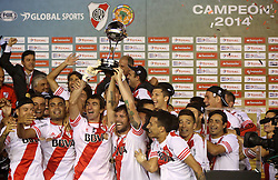 10.12.2014, River Plate Stadium, Buenos Aires, ARG, Südamerika Cup 2014, River Plate vs Atletico Nacional de Medellin, im Bild River Plate football team celebrate the tymph 2-0, // during the 2nd final match of Southamerican Cup between River Plate vs Atletico Nacional and Medellin at the River Plate Stadium in Buenos Aires, Argentina on 2014/12/10. EXPA Pictures © 2014, PhotoCredit: EXPA/ Eibner-Pressefoto/ Cezaro<br /> <br /> *****ATTENTION - OUT of GER*****