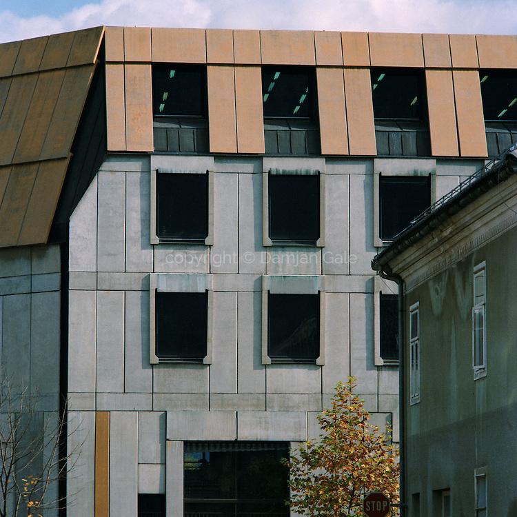 LB banka v Kočevju