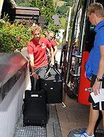BILDET INNGÅR IKKE I FASTAVTALENE PÅ NETT MEN MÅ KJØPES SEPARAT<br /> <br /> Fotball<br /> Tyskland<br /> Foto: imago/Digitalsport<br /> NORWAY ONLY<br /> <br /> 18.07.2012  <br /> Schruns, Montafon, Österreich 18.7.2012 Fussball, Trainingslager SC Freiburg 1. Tag Ankunft im Hotel Löwen Schruns Neuzugang aus Norwegen: Vegar Eggen Hedenstad vom norwegischen Erstligisten Stabæk