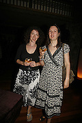 Charlotte Mendelson  AND Joanna Briscoe. LE PRINCE MAURICE PRIZE 2006. PRINCE MAURICE HOTEL. MAURITIUS. 27 May 2006. ONE TIME USE ONLY - DO NOT ARCHIVE  © Copyright Photograph by Dafydd Jones 66 Stockwell Park Rd. London SW9 0DA Tel 020 7733 0108 www.dafjones.com