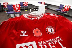 Remembrance Day poppy on Bristol City shirts - Rogan/JMP - 06/11/2020 - Cardiff City Stadium - Cardiff, Wales - Cardiff City v Bristol City - Sky Bet Championship.