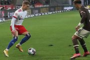 Fussball: 2. Bundesliga, FC St. Pauli - Hamburger SV, Hamburg, 01.03.2021<br /> Sonny Kittel  (HSV)<br /> © Torsten Helmke