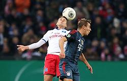 Football: Germany, DFB Cup<br /> Ivo Ilicevic (Hamburger SV, HSV) - <br /> Mario Mandzukic (FC Bayern Muenchen)