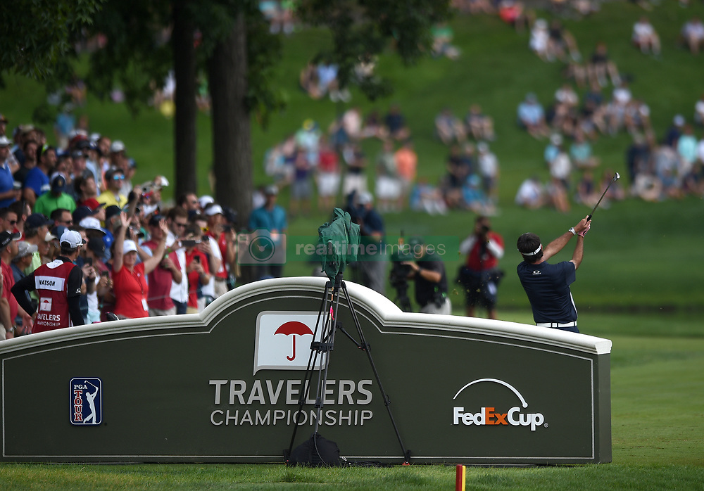 June 24, 2018 - Cromwell, CT, USA - Bubba Watson tees of on the 16th hole during the final round of the Travelers Championship at TPC River Highlands in Cromwell, Conn., on Sunday, June 24, 2018. (Credit Image: © Brad Horrigan/TNS via ZUMA Wire)
