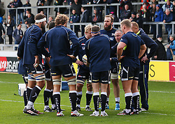 Sale Sharks' director of rugby Steve Diamond gives a team talk with his players before the match - Mandatory by-line: Matt McNulty/JMP - 20/11/2016 - RUGBY - AJ Bell Stadium - Sale, England - Sale Sharks v Saracens - Aviva Premiership