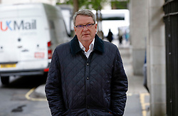 © Licensed to London News Pictures. 28/04/2017. London, UK.  Political strategist SIR LYNTON CROSBY seen arriving at Conservative Party headquarters in London. Sir Crosby has been hired by the conservative party to run their campaign ahead of a general election on June 8th 2017. Photo credit: Peter Macdiarmid/LNP