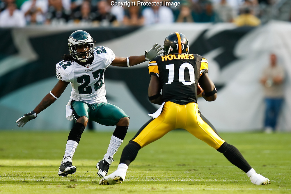 21 Sept 2008: Pittsburgh Steelers wide receiver Santonio Holmes #10 runs the ball and is cought by Philadelphia Eagles defensive back Asante Samuel #22 during the game against the Philadelphia Eagles on September 21st, 2008.  The Eagles won 15-6 at Lincoln Financial Field in Philadelphia Pennsylvania.