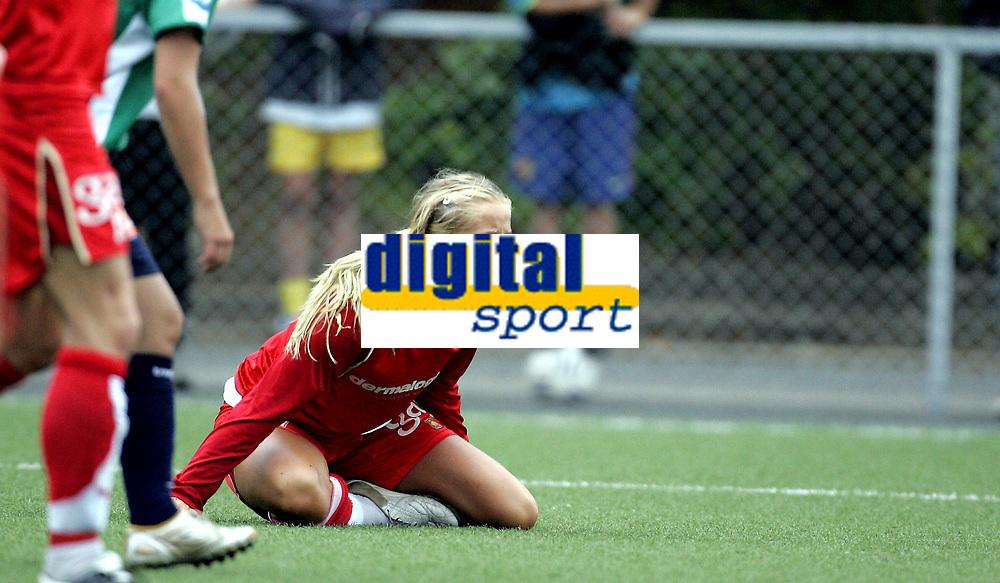 Fotball kvinner<br /> Toppserien Eliteserien<br /> Røabanen<br /> 14.08.07<br /> Røa - Amazon Grimstad<br /> Røas Lene Mykjåland roper på straffe<br /> Foto - Kasper Wikestad