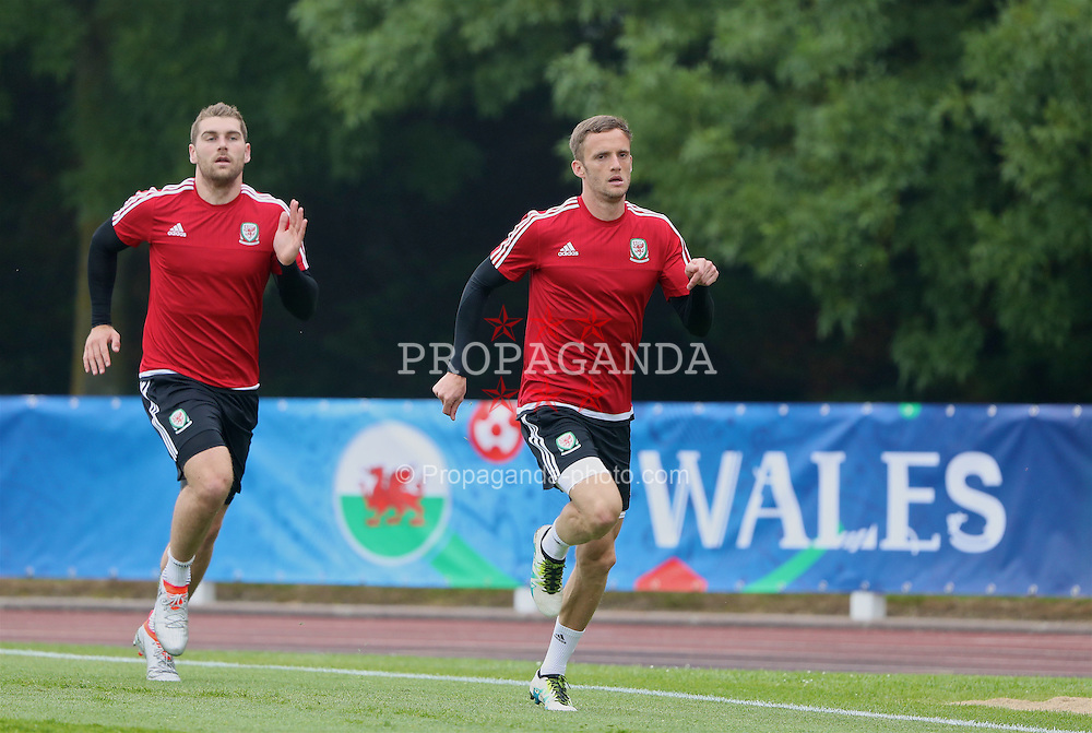 DINARD, FRANCE - Wednesday, June 8, 2016: Wales' Sam Vokes and Andy King during a training session at their base in Dinard during the UEFA Euro 2016 Championship. (Pic by David Rawcliffe/Propaganda)