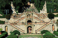 Italie - Toscane - Province de Lucca - Collodi - Jardin de la villa Garzoni. // Italy, Tuscany, Lucca province, Collodi, Villa Garzoni garden.