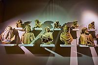 France, Côte-d'Or (21), Paysage culturel des climats de Bourgogne classés Patrimoine Mondial de l'UNESCO, Dijon, Musée des Beaux-Arts dans l'ancien palais des ducs de Bourgogne, moulages des bustes des prophètes et des anges du Puits de Moïse // France, Burgundy, Côte-d'Or, Dijon, Beaux-Art museum