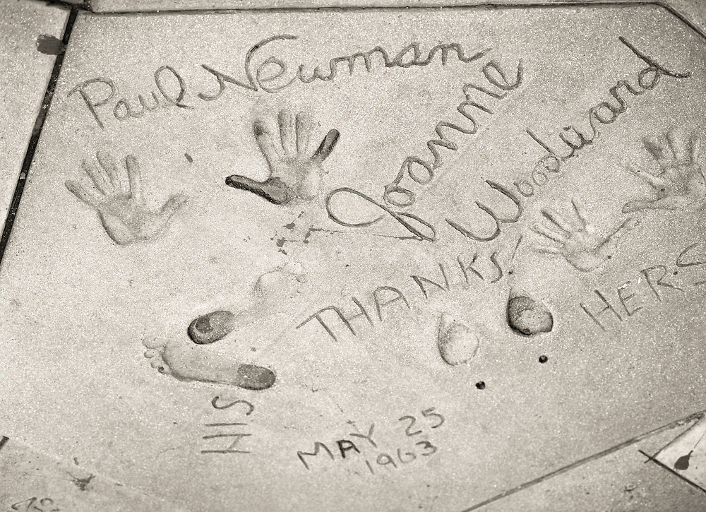 Paul Newman and Joanne Woodward at Grauman's Chinese Theater