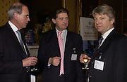 MELVYN ANGELL, LORD GIFFORD AND JOHN DALE. Political Studies Association awards, 2005. Institute of Directors. Pall Mall. London. 29 November 2005. ONE TIME USE ONLY - DO NOT ARCHIVE  © Copyright Photograph by Dafydd Jones 66 Stockwell Park Rd. London SW9 0DA Tel 020 7733 0108 www.dafjones.com