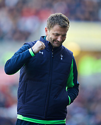 19.01.2014, Liberty Stadion, Swansea, ENG, Premier League, Swansea City vs Tottenham Hotspur, 22. Runde, im Bild Tottenham Hotspur's manager Tim Sherwood // during the English Premier League 22th round match between Swansea City AFC and Tottenham Hotspur at the Liberty Stadion in Swansea, Great Britain on 2014/01/19. EXPA Pictures © 2014, PhotoCredit: EXPA/ Propagandaphoto/ David Rawcliffe<br /> <br /> *****ATTENTION - OUT of ENG, GBR*****
