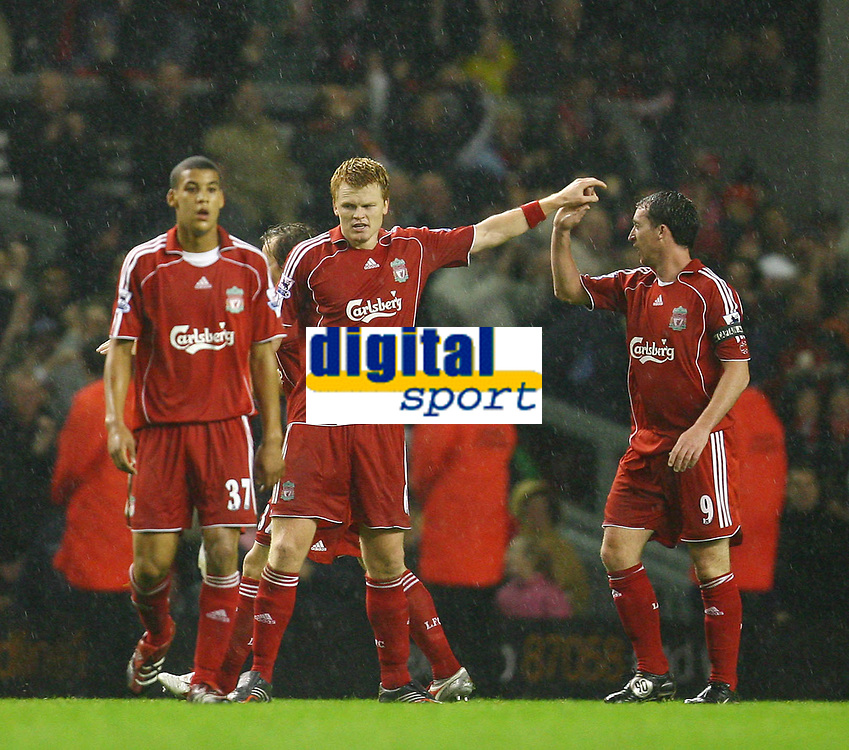 Fotball<br /> England <br /> League Cup 3rd round<br /> Liverpool v Reading<br /> Foto: Propaganda/Digitalsport<br /> NORWAY ONLY<br /> <br /> LIVERPOOL, ENGLAND - WEDNESDAY, OCTOBER 25th, 2006: Liverpool's John Arne Riise celebrates scoring the second goal against Reading, with his team-mates Robbie Fowler during the League Cup 3rd Round match at Anfield