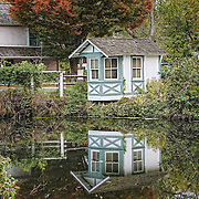 An autumn morning and the canal is calm.  There is a near perfect reflection in the water.  What a calm and quite view to start the day.