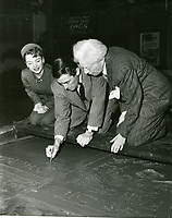 1949 Gregory Peck's handprint ceremony at Grauman's Chinese Theater