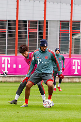 14.03.2019, Säbener Strasse, Muenchen, GER, 1. FBL, FC Bayern Muenchen vs 1. FSV Mainz 05, Training, im Bild v.l. Wooyeong Jeong (FC Bayern), Jerome Boateng (FC Bayern) // during a trainings session before the German Bundesliga 26th round match between FC Bayern Muenchen and 1. FSV Mainz 05 at the Säbener Strasse in Muenchen, Germany on 2019/03/14. EXPA Pictures © 2019, PhotoCredit: EXPA/ Lukas Huter