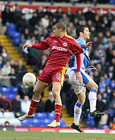 Photo: Mark Stephenson.<br />Birmingham City v Reading. The FA Cup. 27/01/2007.<br />Reading's James Harper (L) on the ball