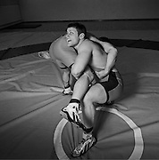 Lutteurs à l'entrainement, Ringer beim Training. Schmitten, 2004. © Romano P. Riedo