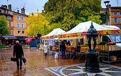 Street market in the Place St Georges, Toulouse, France<br /> <br /> (c) Andrew Wilson | Edinburgh Elite media