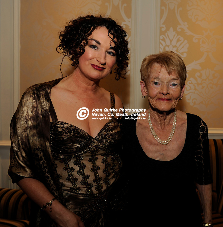 21-01-2016. Meath Chronicle / Cusack Hotel Group Sports Person of the Year Award 2015 at the Knightsbrook Hotel, Trim.<br /> Geraldine Nelson and Imelda Nelson, Navan. <br /> Quirke / www.quirke.ie<br /> ©John Quirke Photography, Unit 17, Blackcastle Shopping Cte. Navan. Co. Meath. 046-9079044 / 087-2579454.