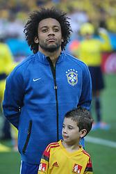 Marcelo canta hino nacional na partida entre Brasil x Croácia, na abertura da Copa do Mundo 2014, no Estádio Arena Corinthians, em São Paulo. FOTO: Jefferson Bernardes/ Agência Preview
