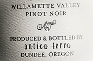 Vinodlaren och vinmakaren Maggie Harrison, Antica Terra, Dundee i Oregon, USA