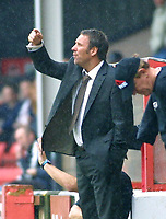 Photo: Dave Linney.<br />Walsall v Milton Keynes Dons. Coca Cola League 1.<br />08/10/2005. Paul Merson barks out orders. Among the shouts of 'Sort it out'