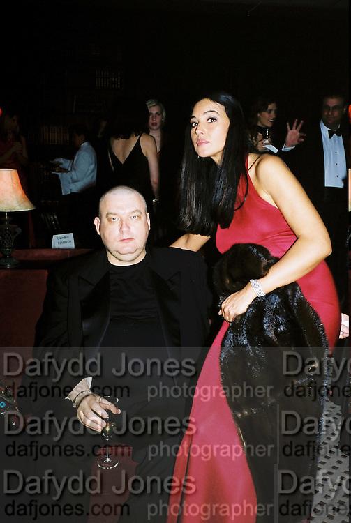 Domino of Paris and Monica Bellucci. Post Golden Globes Miramax party. Beverley Hilton. 21 January 2001. © Copyright Photograph by Dafydd Jones 66 Stockwell Park Rd. London SW9 0DA Tel 020 7733 0108 www.dafjones.com