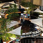 NLD/Amsterdam/20110125 - Opening Amsterdamse Effectenbeurs door cast Legally Blond, Beursvloer