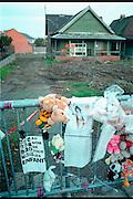 Belgie, Jumet,19-10-96Het huis van Bernard Weinstein, de vriend en handlanger Marc Dutroux, waar kinderen An en Eefje seksueel misbruikt, en vermoord werden. kindermishandeling, justitie Belgie, geestelijk gestoord.Foto: Flip Franssen/Hollandse Hoogte