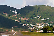 American Airlines Boeing 757 starting from Juliana Airport.