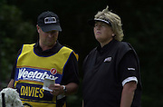 Sat 4th August 2001.Laura Davies, discusses the 12th with her caddy.2001 Weetabix Women's Open, Sunningdale,..[Mandatory Credit Peter Spurrier/ Intersport Images]