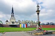 Kolumna z figurą Matki Bożej Niepokalanej, Częstochowa<br /> Statue of Our Lady, Monastery of Jasna Gora, Czestochowa, Poland