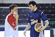 DESCRIZIONE: Casale Monferrato Campionato LNP ADECCO GOLD 2013/2014 Novipiu Casale Monferrato-Aget Imola  <br /> GIOCATORE: Federico Di Prampero Alessandro Maccaferri<br /> CATEGORIA: fair play pregame<br /> SQUADRA: Novipiu Casale Monferrato<br /> EVENTO: Campionato LNP ADECCO GOLD 2013/2014<br /> GARA: Novipiu Casale Monferrato-Aget Imola<br /> DATA: 02/02/2014<br /> SPORT: Pallacanestro <br /> AUTORE: Junior Casale/G.Gentile<br /> Galleria: LNP GOLD 2013/2014<br /> Fotonotizia: Casale Monferrato Campionato LNP ADECCO GOLD 2013/2014 Novipiu Casale Monferrato-Aget Imola<br /> Predefinita: