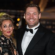 NLD/Amsterdam/20171012 - Televizier-Ring Gala 2017, Dennis van der Geest en partner Zaina