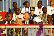 Marcelo Rebelo de Sousa, ladeado por Sérgio Rescova(E) Governador Provincial de Luanda e Bornito de Sousa(D) Vice Presidente da República de Angola, durante o desfile de Carnaval de Luanda, que decorreu na Nova Marginal em Luanda. O Presidente português efectua uma visita de estado a Angola de 5 a 9 de Março