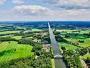 Nederland, Gelderland, Gemeente Lochem, 21–06-2020;  overzicht Twentekanaal tussen Zutphen (Eefde) en Lochem. Passantenhaven De Nieuwe Aanleg links.<br /> Overview Twente Canal between Zutphen) Eefde and Lochem.<br /> <br /> luchtfoto (toeslag op standaard tarieven);<br /> aerial photo (additional fee required)<br /> copyright © 2020 foto/photo Siebe Swart