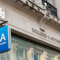 London Jan 29th Boots Opticians is to merge with Dollond & Aitchison, the high street retail chain said..Dollond & Aitchison will gradually disappear from the high street as its stores adopt the Boots Optician brand....Standard Rates Apply.XianPix Pictures  Agency  tel +44 (0) 845 050 6211 e-mail sales@xianpix.com www.xianpix.com