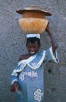 Mali, Djenné, Patrimoine mondial de l'UNESCO, enfant // Mali, Djenne, Unesco World Heritage, children