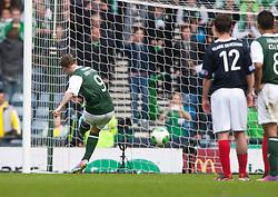 Hibernian's Leigh Griffiths misses a penalty..Hibernian 4 v 3 Falkirk, William Hill Scottish Cup Semi Final, Hampden Park..©Michael Schofield..