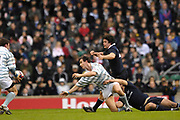 Twickenham. GREAT BRITAIN, Jon UFTON, passes after the tackle, during the 2006 Varsity Rugby Match at Twickenham Stadium, England 12.12.2006. [Photo, Peter Spurrier/Intersport-images] Sponsor, Lehman Brothers,