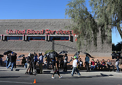 Oct 2, 2017 - Las Vegas, Nevada, U.S. - People wait in line to donate blood at United Blood Services. A mass shooting occurred late Sunday evening at the Route 91 Harvest music festival on The Las Vegas Strip. (Credit Image: © Ronda Churchill via ZUMA Wire)