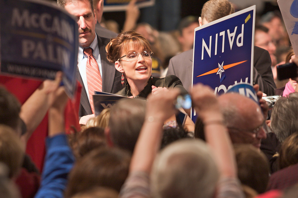 Republican Vice President candidate, Sarah Palin, returns to Alaska with rally at the Dena'ina Convention Center, September, 13, 2008, Anchorage, Alaska