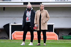 Jesse Woolley of Bristol City Women and Tanya Oxtoby manager of Bristol City Women prior to kick off - Mandatory by-line: Ryan Hiscott/JMP - 18/10/2020 - FOOTBALL - Twerton Park - Bath, England - Bristol City Women v Birmingham City Women - Barclays FA Women's Super League